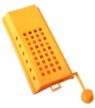 Клеточка для матки пластмассовая желтая